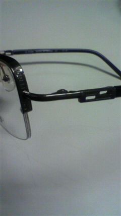 フェンディのメガネ